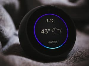Amazon Echo Spot negro
