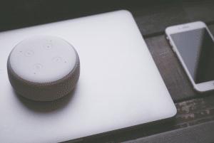 Amazon Echo Dot blanco