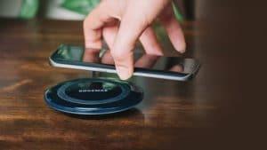 Mejor móvil con carga inalámbrica calidad precio 2021