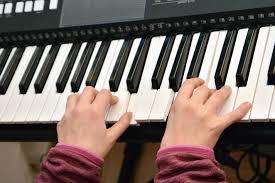 Mejor teclado musical calidad precio
